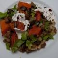 lauwarmer linsensalat mit gebackenem kürbis