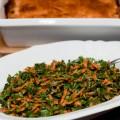 tomaten-feta-baklava mit mandeln und datteln